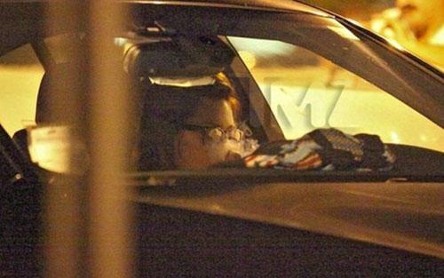 TMZ sitesi, Bynes'ı (26) Los Angeles'ta, arabasında esrar içerken görüntüledi.