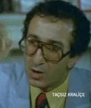 Şemsi İnkaya, tiyatro sahnesinin ardından sinema ve TV dizilerinde rol aldı
