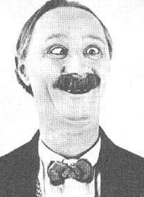 Ben Turpin 1910'lu yılların ünlü komedyenlerinden biri.
