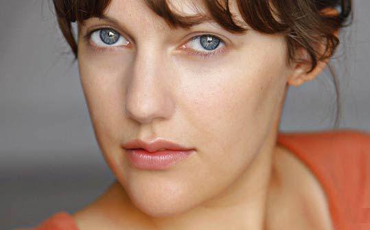 Türkiye'de kullandığı adıyla Meryem Sahra Uzerli Almanya'daki adıyla Meriem Sahra Userli, 12 Ağustos 1983 Berlin doğumlu.
