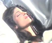 Bir döneme damga vuran mankenlerden Stephanie Seymour aynı zamanda Guns'n Roses'in November Rain şarkısının klibiyle de hafızalara kazındı.