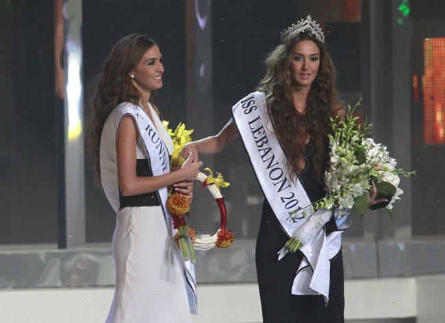 Yarışmada, Lübnan'ın Bekaa Vadisi'ndeki Zahle kasabasından 21 yaşındaki Rina Şibani birinci olurken ikizi Romy Şibani ise ikinci oldu.
