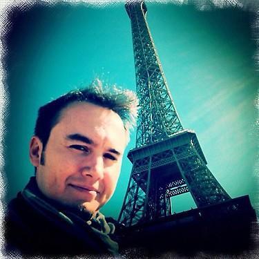 MUSTAFA CECELİ Eiffel hatırası bonjour de Paris