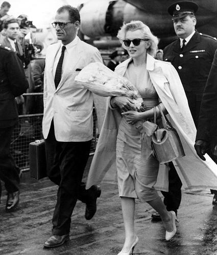 Michelle Williams, Vogue dergisinin ekim sayısı için Marilyn Monroe oldu