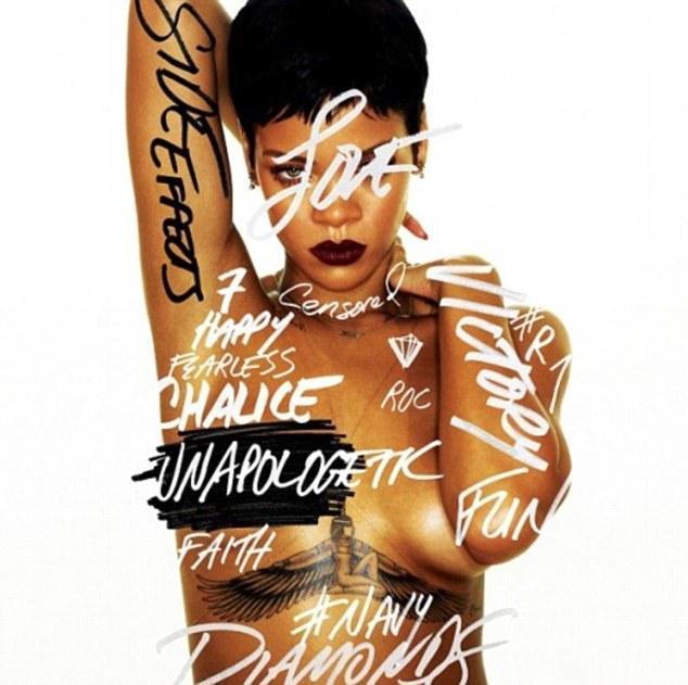 Dergiler ve reklam kampanyaları için sık sık çıplak kamera kaşısına geçen Rihanna, son olarak yeni albümü Unapologetic'in kapağı için yarı çıplak poz verdi.