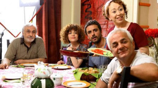 İbreti Ailem özellikle oyuncu kadrosuyla dikkat çekiyordu.