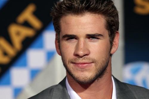 Liam Hemsworth Açlık Oyunları filmiyle ünlenen bir diğer yıldız da Liam Hemsworth.