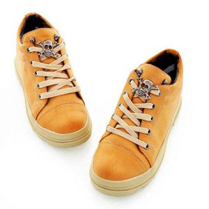 Kuru kafalı spor ayakkabı