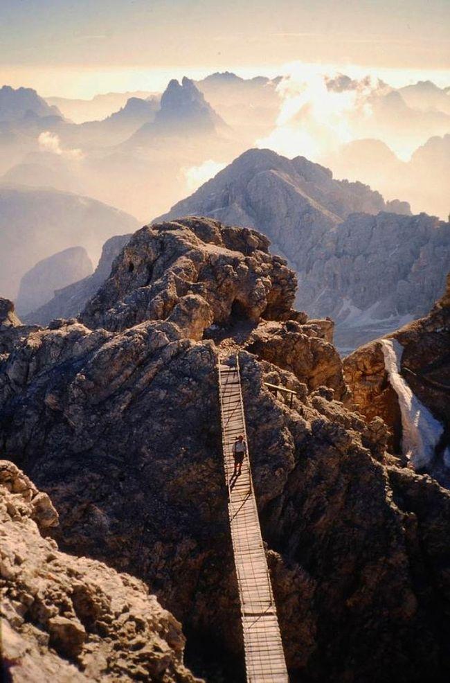 23-Monte Cristallo, Dolomites of Trentino, İtalya (onedio)