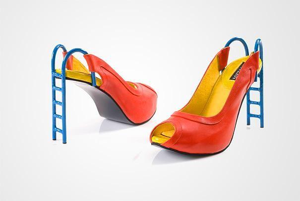 Sizin tarzınızı ve özgünlüğünüzü neden bütün renkleri içinde toplamış kaydırak temalı topuklu ayakkabı yansıtmasın?