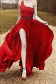 Vazgeçilmez Kırmızı Elbiseler! - 12