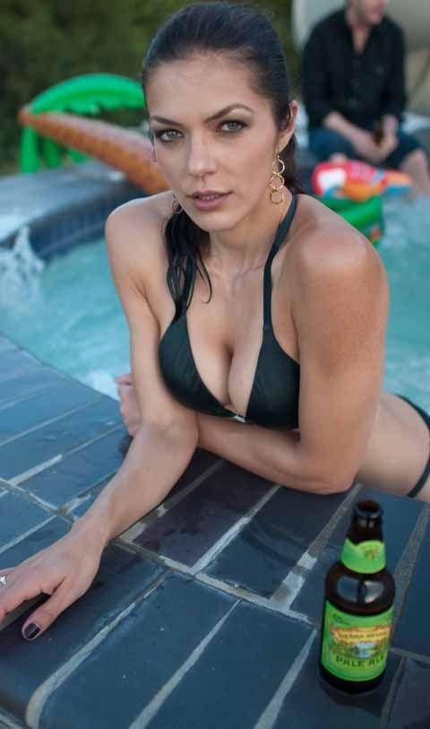Adrianne Curry - 8