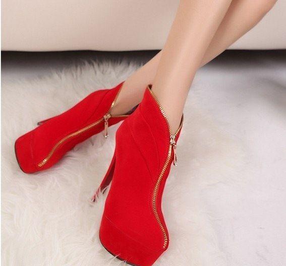 Fermuar detaylı süet kırmızı ayakkabı