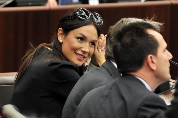 Berlusconi'nin gözdesi sere serpe - 26