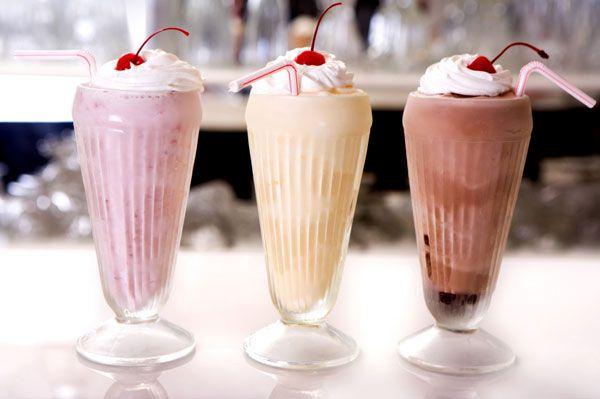1 bardak milkshake: 370 kalori