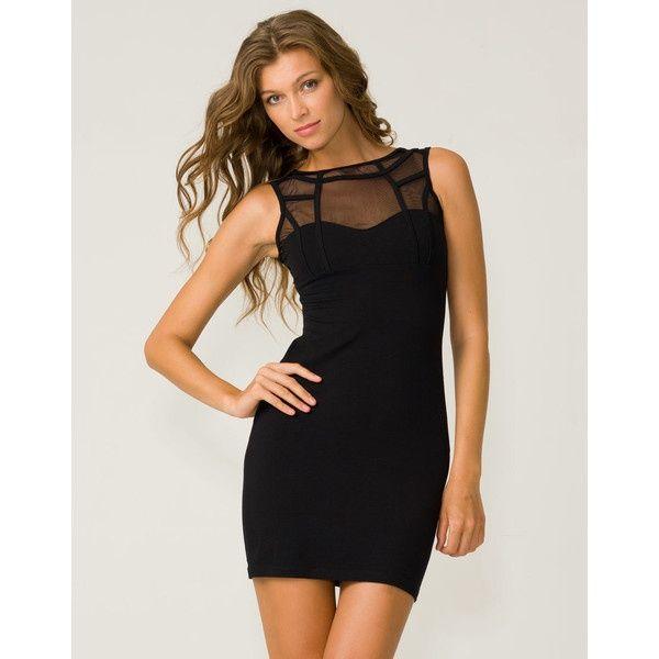 Siyah elbise  Klasik siyah elbise kesinlikle 'şart' olan parçalardan, iş davetine, özel bir geceye rahatlıkla giyebileceğiniz zamansız bu parçaya yatırım yapmaya değer. Aksesuarlarla da farklılaştırabileceğiniz küçük siyah elbiseyi her zaman rahatlıkla giyebilirsiniz.  Moda Kanalları Editörü: Duygu ÇELİKKOL