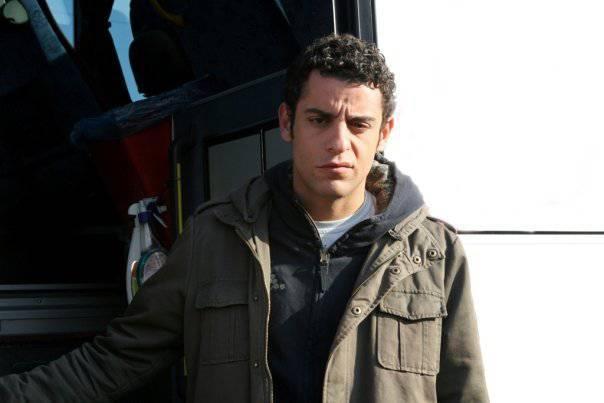 """Son olarak açıklanan isim ise """"Kavak Yelleri"""" dizisindeki Efe rolüyle ünlenen Dağhan Külegeç..."""