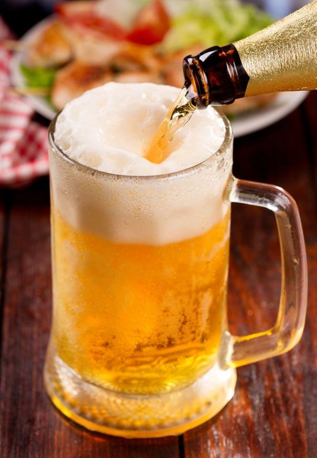 Dark biralar normal biradan daha fazla katarakt veya yaşla ilgili göz problemlerine karşı gözü koruyan antioksidanlar içeriyor.  Kadın Kanalları Editörü: Burcunur YILMAZ