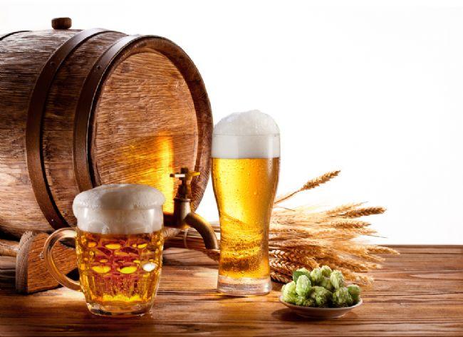 Araştırmalar 'bira göbeği' tezini çürüttü. Bel bölgesindeki yağlanmayla bira arasında herhangi bir bağlantı bulunmuyor.