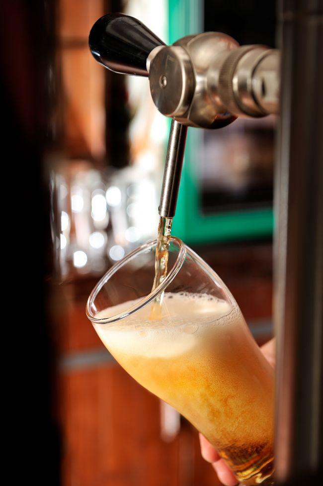 Kolesterolünüzü düşürüyor. B grubu vitaminleri yönünden oldukça zengin. Lifli gıdalardan almanız gereken ihtiyacın yüzde 20′sini bir bardak bira karşılıyor. Bir büyük bardakta toplam 200 kalori bulunuyor.