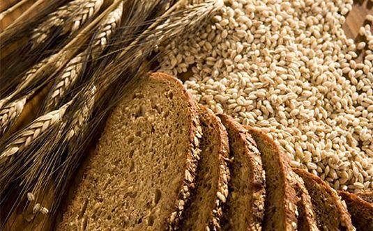 Tahıllar  1 dilim beyaz ekmek: 28 gr'da 70-100 kalori bulunur.  1 dilim kepekli ekmek: 28 gr'da 55-60 kalori bulunur.  1 adet kruasan: 180-200 gr'da 180-200 kalori bulunur.  1 dilim kızarmış ekmek: 10-15 gr'da 25-35 kalori bulunur.  Bisküvi: 100 gr'da 450-480 kalori bulunur.