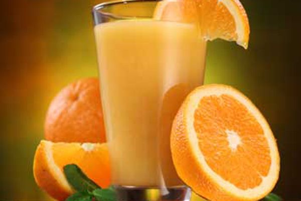 17. Meyve suyunun içine katacağınız soda, magnezyum ihtiyacınızı karşılayacak ve açlığınızı giderecektir.