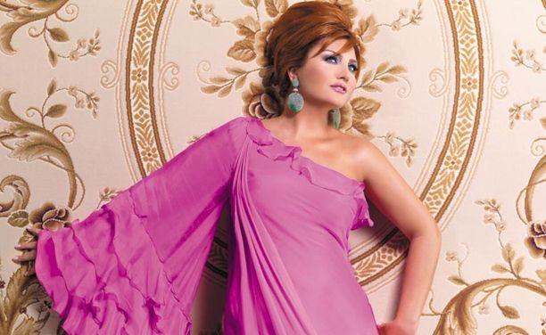 Sibel Can oynadığı Kaşmir Halı reklamından 1.5 milyon dolar almıştır.
