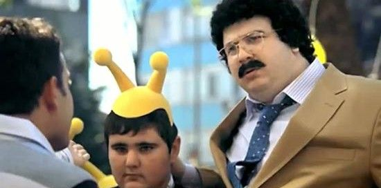 Şahan Gökbakar oynadığı Turkcell reklamları için yıllık 2.5 milyon dolar ücret aldı.