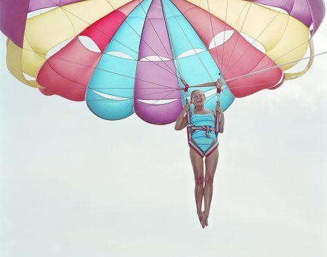 Florida eyaletinde pazar günleri paraşütle atlayan bekar bayanlar hapis cezası ile cezalandırılır.