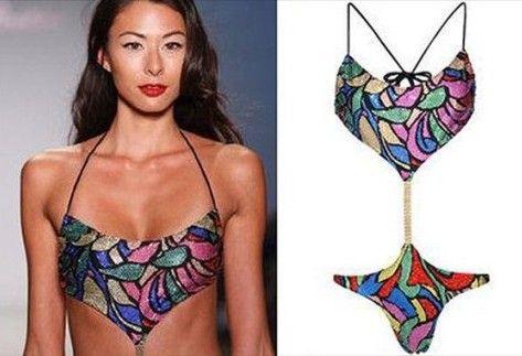 """Bikini Swarovski taşlarıyla kaplı Anita Bling-kini'nin fiyatı : """"3"""" bin dolar."""