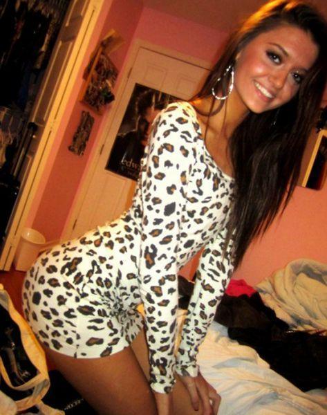 Dar elbise tutkunları - 102