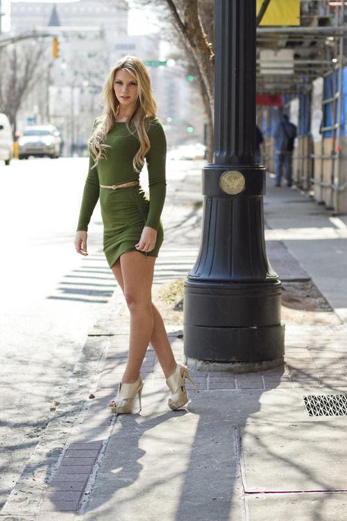 Dar elbise tutkunları - 164