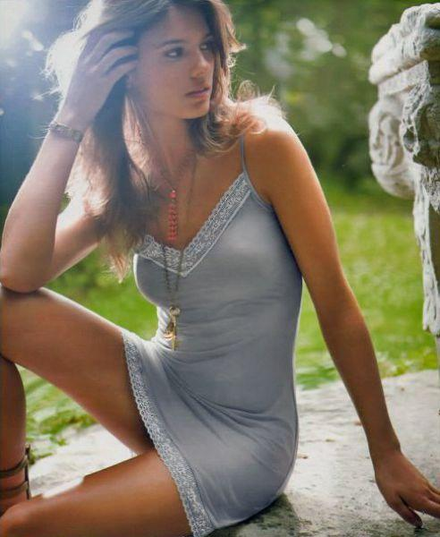 Dar elbise tutkunları - 222