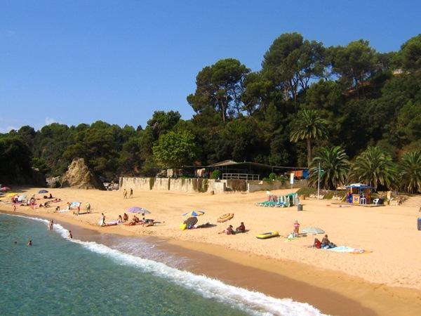 İspanya-Costa Brava  İspanya 'nın Katalonya Özerk Bölgesi'nin Girona şehrinde bulunmaktadır.