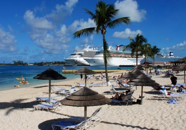 Nassau / Bahamalar