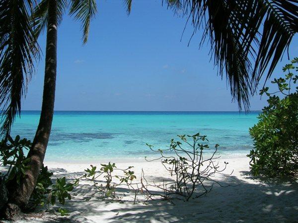 Blue Lagoon Beach / Mauritius  Yaşam Kanalları Editörü: Burcunur Yılmaz