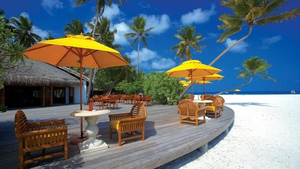 Hint okyanusu'nda Hindistan2nın güneyinde bulunan Maldivler