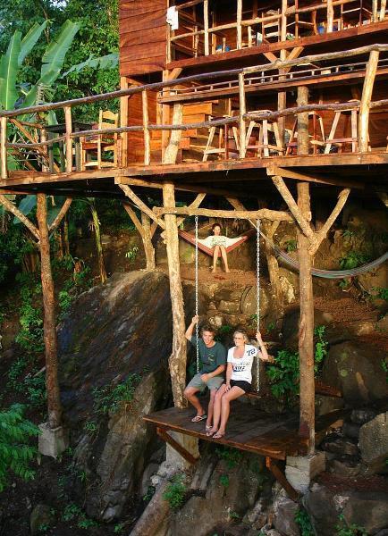 Nikaragua'daki bu ağaç evde...