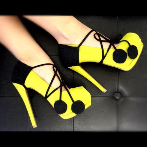 Fiyonk detaylı sarı süet ayakkabı