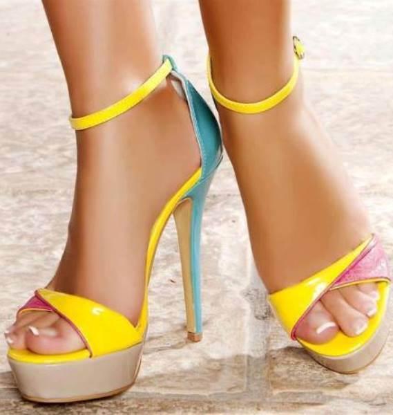 Sarı rugan ayakkabı