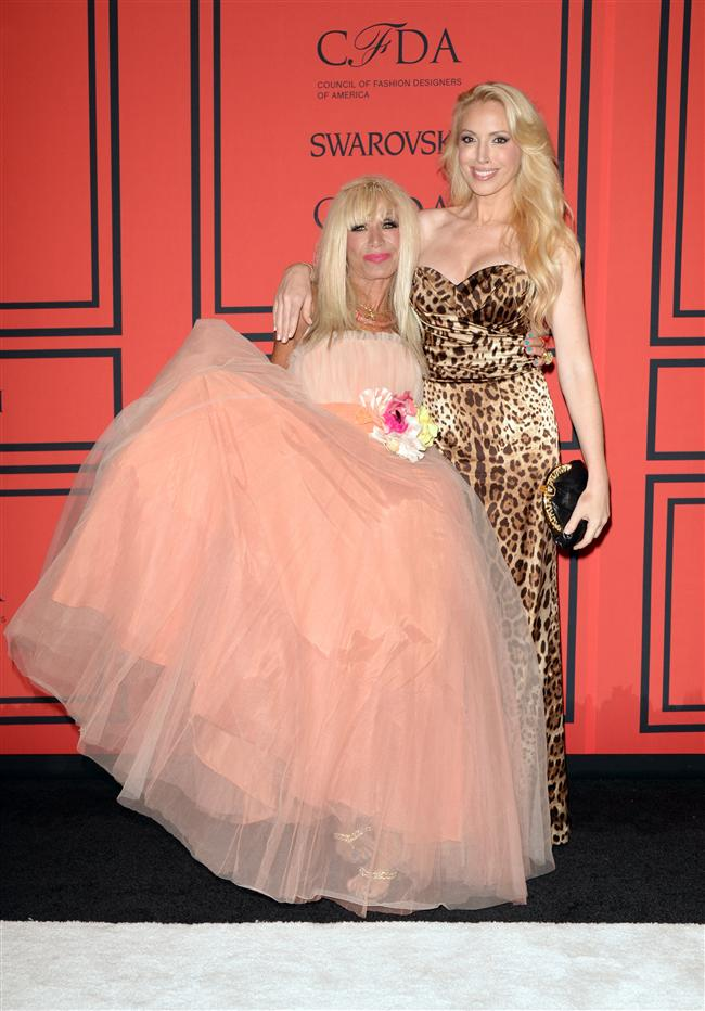 Betsey Johnson ve Lulu Johnson