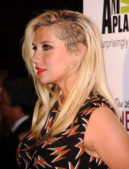 Kesha Attends