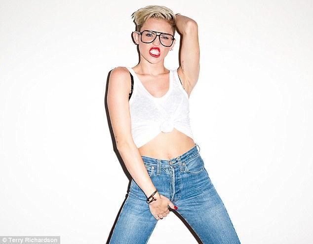 Miley Cyrus son klibiyle olay yarattı - 67