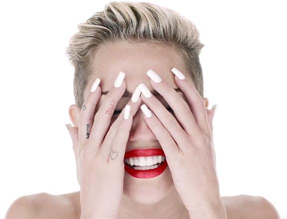 Miley Cyrus son klibiyle olay yarattı - 73