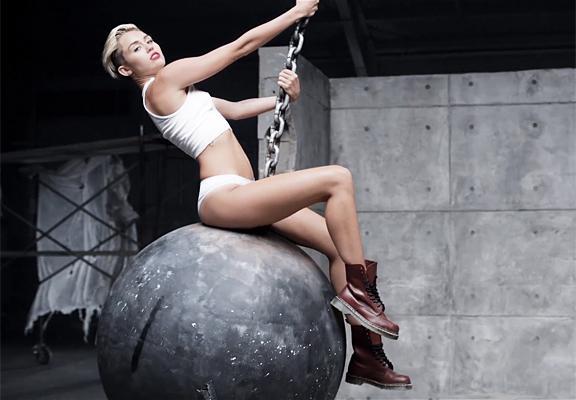 Miley Cyrus son klibiyle olay yarattı - 44