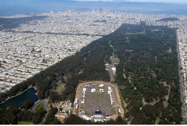 San Francisco, Golden Gate Park  Yılda ortalama 13 milyon kişinin ziyaret ettiği Golden Gate Park, 1870′lerde kuruldu ve 1017 dönümlük bir araziye yayılıyor. Tüm yıl boyunca ziyaretçilere kapısı açık olan park, New York Central Park'tan %20 oranında daha büyüktür. Golden Gate Park, Central Park'tan sonra ABD'nin en çok ziyaret edilen ikinci parkı olarak da bilinir.