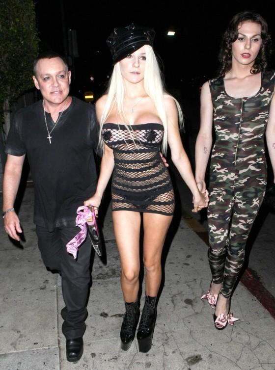 Courtney Stodden - 50