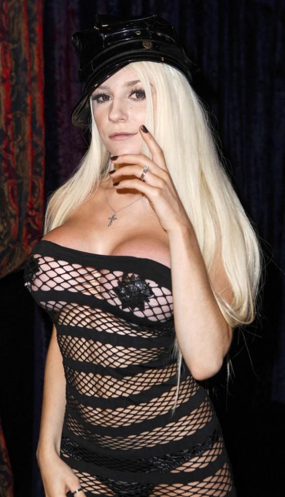 Courtney Stodden - 54