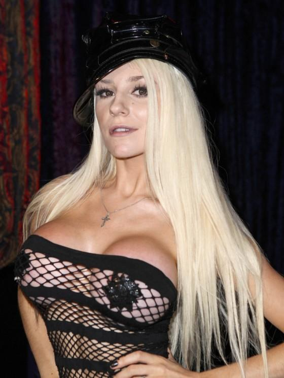 Courtney Stodden - 56