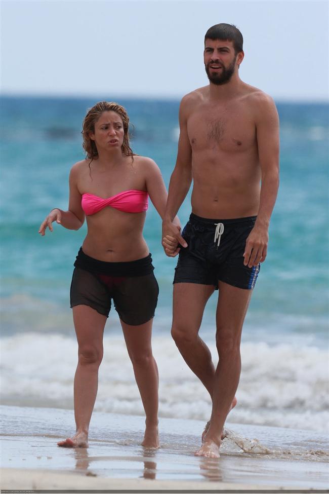 Shakira ve Gerard Pique tatilde - 13